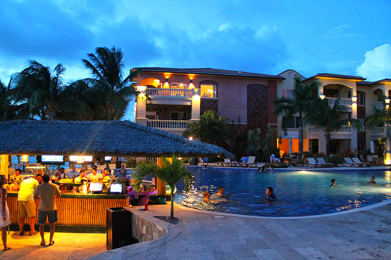 Description Infinity Bay Beach Resort Is Roatan S